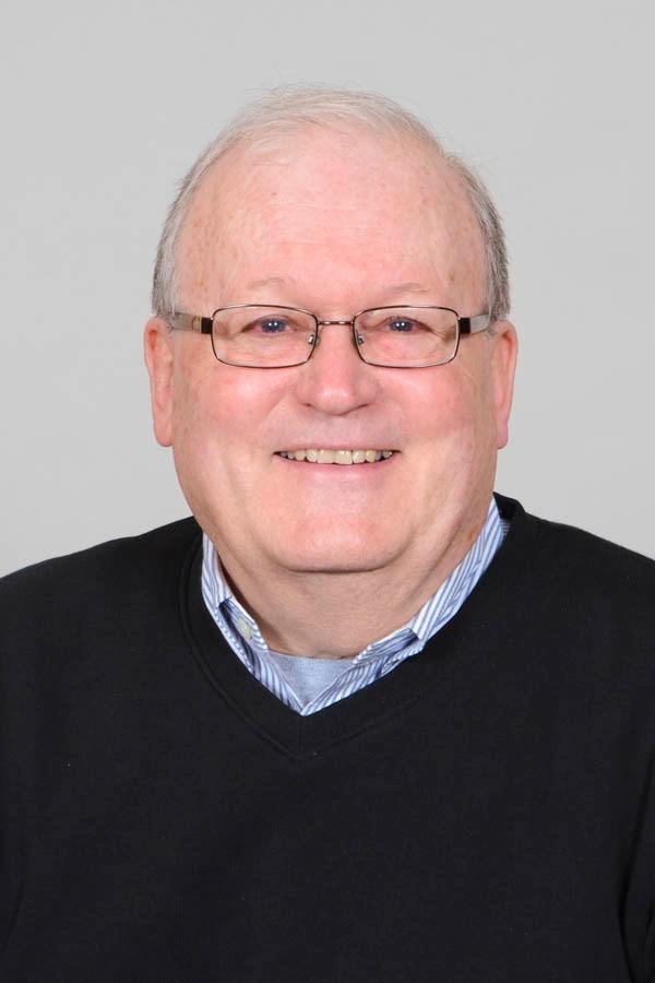 Headshot of Kent Lutz